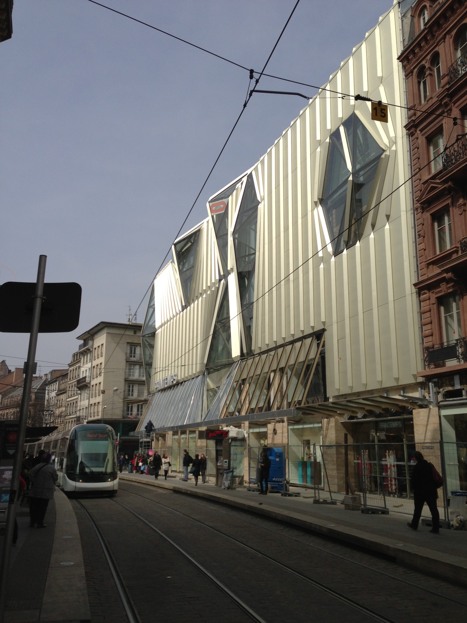 Nouveau grand magasin printemps strasbourg premi res impressions - Magasin printemps strasbourg ...