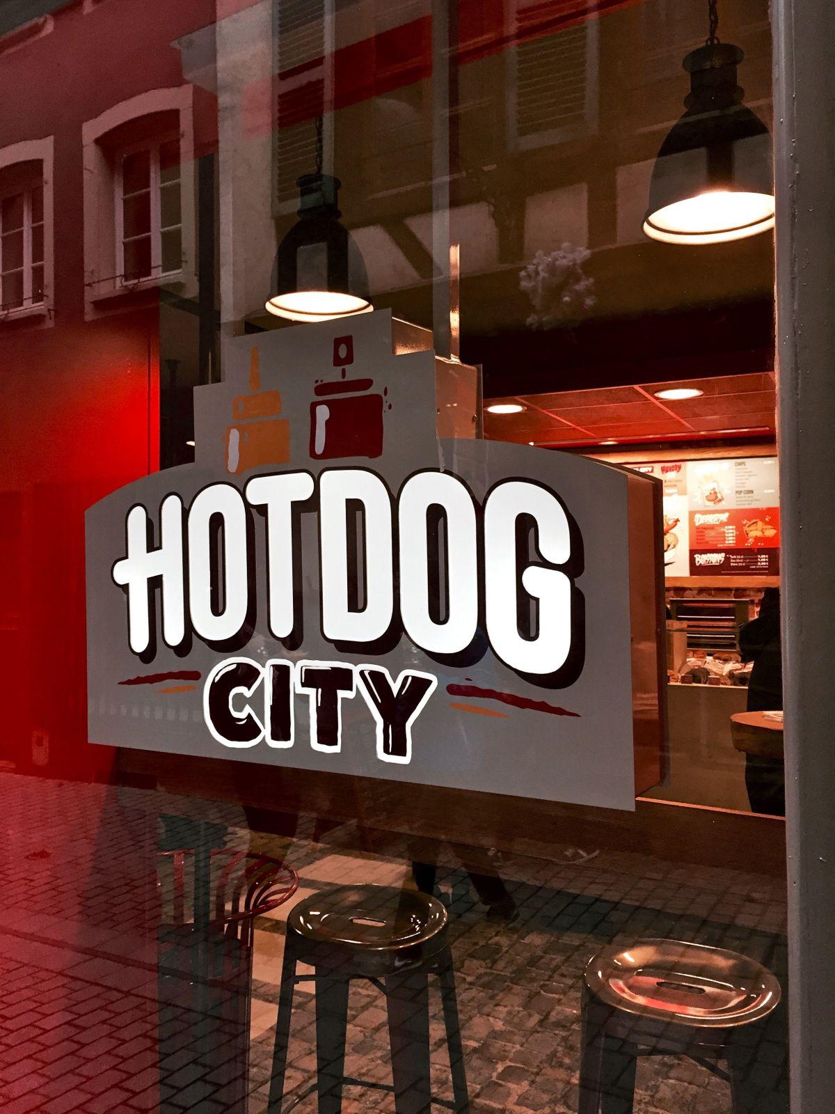 kapou test n 50 hot dog city strasbourg. Black Bedroom Furniture Sets. Home Design Ideas